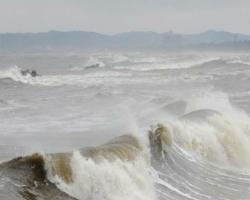 Киев затопит волна грязной воды