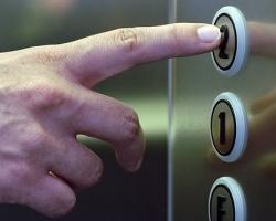 В Ровеньках вводят платные лифты